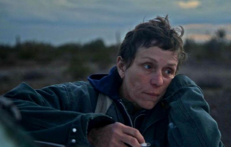 Sin estrenarse, Nomadland está entre las favoritas de los Oscar