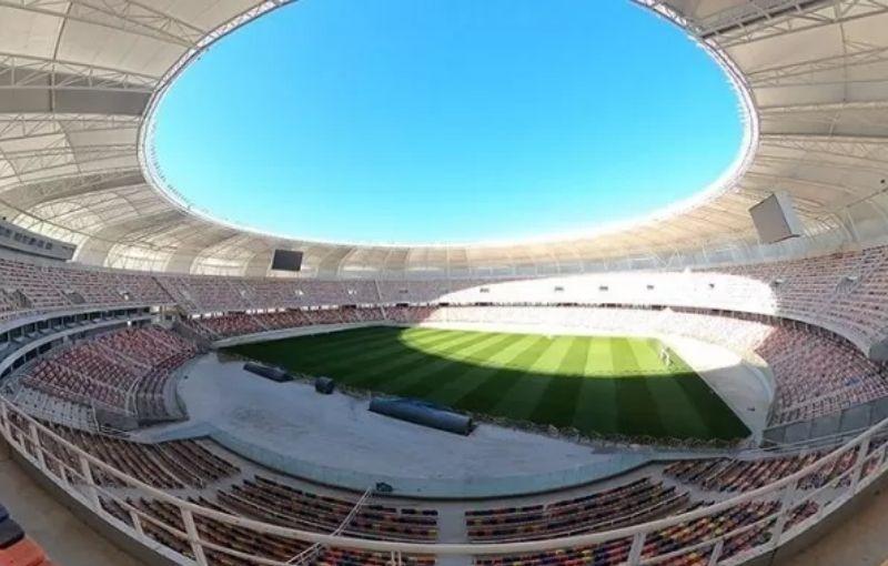 Alberto cortará la cinta del Estadio Único de Santiago