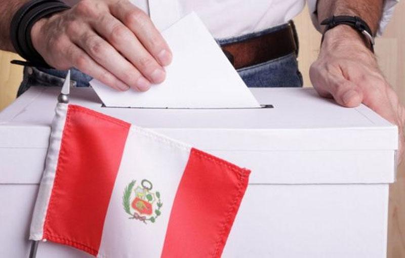 Elecciones en medio del lío político